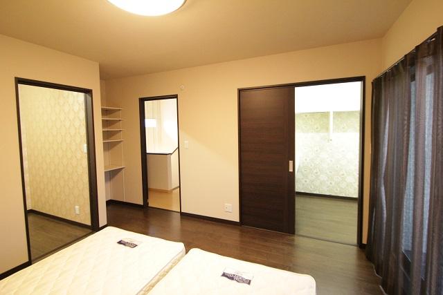 16主寝室